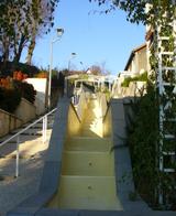Rue_de_la_source_et_petite_cascade